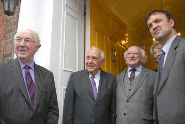 IIEA Chairman, Brendan Halligan; Lord Robert Sidelsky; President of Ireland, Michael D Higgins; First Lady, Sabina Higgins; and Dr Edward Sidelsky arriving at Europe House.