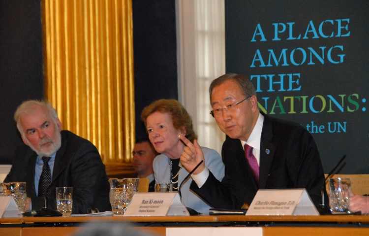 10. Tom Arnold, Director General of the IIEA, alongside UN Special Envoy for Climate Change Mary Robinson as UN Secretary-General Ban Ki-moon responds to questions from the audience